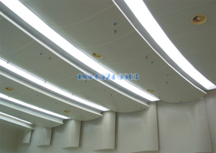 弧形铝单板吊顶