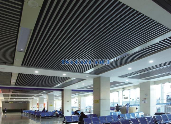 汽車站候車室安裝鋁方通型材