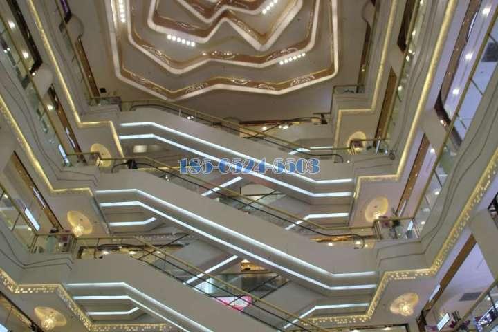 电梯侧壁和下底包铝单板