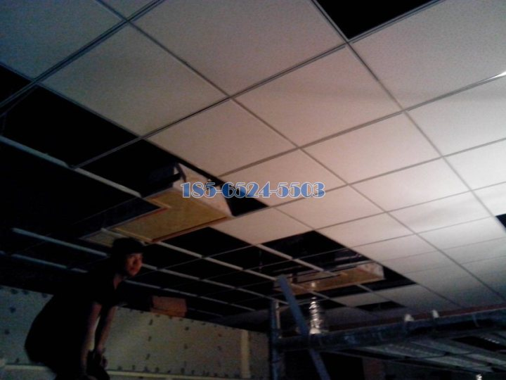 測試整體吊頂安裝標高
