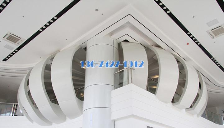 包梁包柱二楼阳台铝单板饰面