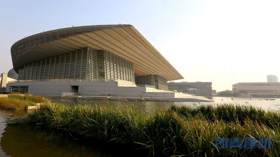 天津大剧院雨棚铝单板